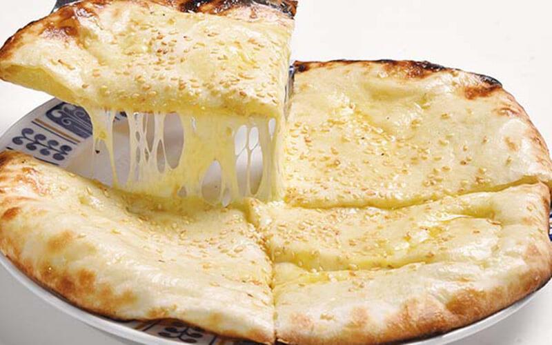 マサラチーズナン